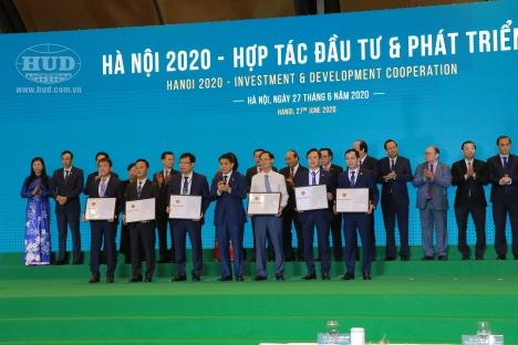 Hội nghị ''Hà Nội 2020 - Hợp tác đầu tư và phát triển'':  HUD ĐƯỢC TRAO HAI QUYẾT ĐỊNH CHỦ TRƯƠNG ĐẦU TƯ DỰ ÁN TẠI HÀ NỘI